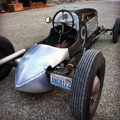 One beautiful speedster with just a touch of hot rod. (Cool Cars Hot Rods)