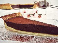 Jednoduchý a velmi rychlý čokoládový dezert, jeho chuť je božská