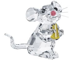 This little clear crystal mouse is so happy with her little cheese in Light Topaz crystal! The delicate whiskers, tail and ears show great attention... Shop now