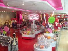 FAO Schwarz Side Trip!!! Way too easy to spend a lot of money ($140) in candy!!