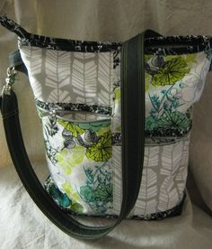Pacific NW Messenger Bag | Sew Mama Sew | Outstanding sewing, quilting, and needlework tutorials since 2005.