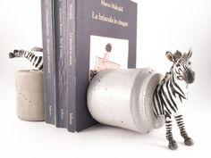 Fermalibri+Scultura+Fermacarte+-+Coppia+Zebra+di+Altrosguardo+handmade+for+home+su+DaWanda.com