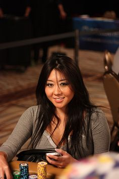 Poker player Maria Ho sat to my right in 2011 Ladies event, glad she was to my right.