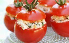 Ντομάτες γεμιστές με γαρίδες