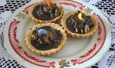 Košíčky s ořechovou náplní Waffles, Muffin, Pudding, Baking, Breakfast, Food, Basket, Morning Coffee, Custard Pudding