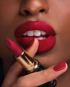Kilian Le Rouge Parfum Lipstick Matte FinishYou can find Red lipsticks and more on our website. Red Lipstick Makeup Looks, Lipstick For Dark Skin, Satin Lipstick, Lipstick Shades, Lipstick Colors, Red Lipsticks, Lip Colors, Dark Red Lips, Dark Pink Lipstick