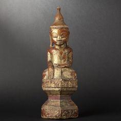 Statue de bouddha en bois. birmanie, xviiie siècle - ivoire et bois