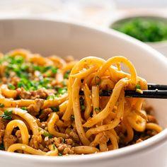 Toasts of tarama - Clean Eating Snacks Ramen Noodle, Asian Noodles, Sesame Noodles, Kitchen Recipes, Cooking Recipes, Asian Vegetables, Asian Recipes, Ethnic Recipes, Kitchens