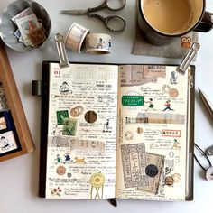 WEEK 3 #travelersnote #journal #journaling #travelersnotebook #journalgirl #midoritravelersnotebook #planner #plannergirl #plannernerd #collage #手帳 #トラベラーズノート #手帳タイム #コラージュ #washitape #washi #マステ #マスキングテープ #スタンプ #stamp #stamping #ますこえり #マスコテープ #旅人手帳 #切手 #古切手 #東京アンティーク #おはぎやま #水縞 #ohagiyama