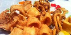 Snack Recipes, Snacks, Onion Rings, Chips, Chicken, Meat, Ethnic Recipes, Food, Snack Mix Recipes
