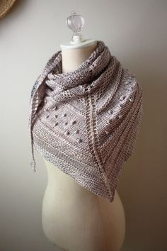 Shawl Knitting Pattern / Chunky Textured Knit / Texelle / PDF Digital Delivery.