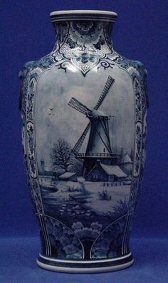 Galleria D'arte Rinascimento - Delft Art and Antiques Blue And White China, Blue China, Red White Blue, Delft, Royal Doulton, Blue Pottery, China Painting, Blue Plates, White Porcelain