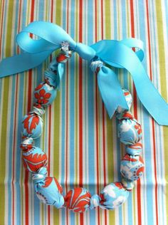 teething necklace! Easy peasy!