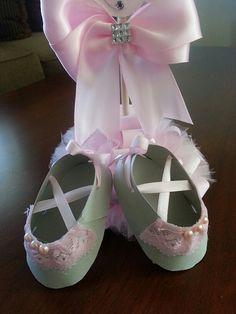 Conjunto de diez rosa y encaje gris bailarina zapato favores /