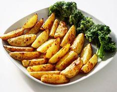 Pečené zemiaky po grécky - Receptik.sk Carrots, Vegetables, Food, Carrot, Veggies, Vegetable Recipes, Meals, Yemek, Eten