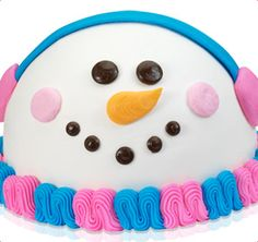 Snowman Cake from Baskin Robbins - totally easy to make at home from a regular cake mix if you have one of those round cake pans...