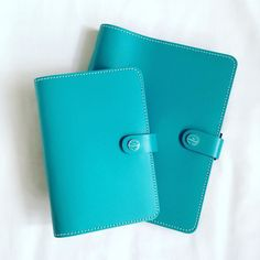 I've only gone and done it again! Anyone remember that amazing deal I got on an A5 nude original Filofax a few months back? Well I found another fab deal courtesy of Amazon and snapped up this Filofax original pair in dark Aqua for just 15 for the personal and 20 for the A5 not quite as good of a deal as the nude but still amazing! (RRP for these is around 60-80 each) again they are both completely brand new and unused with all original 2016 inserts ruler pocket pages etc  toooooo pleased…