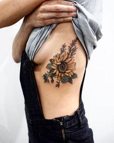 Little combo of sunflower, Douglas fir, cornflower and huckleberry thanks Emma you're an absolute gem! X