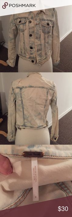 Adorable distressed Free People Jacket Adorable and barely worn, bleached out and distressed free people jean jacket Free People Jackets & Coats Jean Jackets