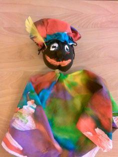 Piet van stof en panty. Stof met ecoline laten kleuren. @storkschool