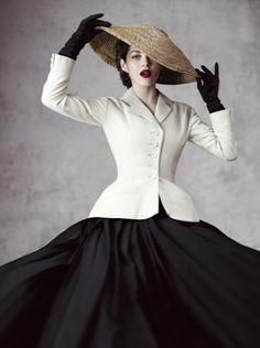 Marion Cottilard in Dior magazine