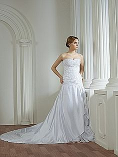 I REALLY WANT THIS TO BE MY WEDDING DRESS (on this other website it was priced for over a million) THIS IS THE DRESS Appliqued and Beaded Strapless Satin Mermaid Wedding Dress - USD $325.99