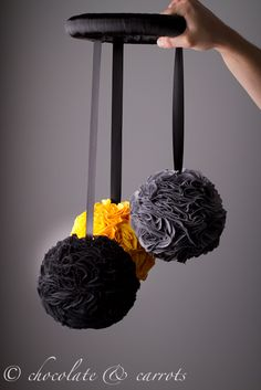 Chocolate & Carrots - homemade modern baby mobile--make in grey, yellow, white Crafts To Do, Diy Crafts, Do It Yourself Baby, Homemade Modern, Nursery Room, Bedroom, Baby Love, Diy For Kids, Decoration