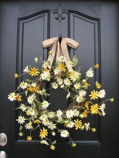 Door Decorations: Spring Wreath Summer Wreaths Daisies Daisy Wreath by twoinspireyou