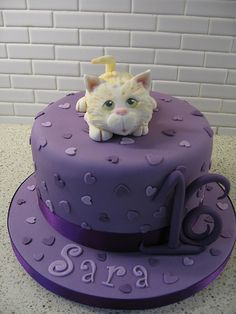 Cute Cat cake for 16th birthday