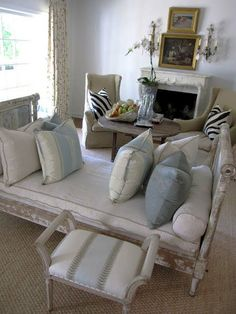 Daybed idea for guest room...although not the best sleeper...