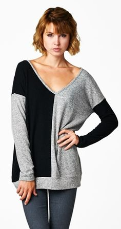 Opposites Attract Top $44.95 CAD Syngora - 62% Rayon, 33% Polyester, 5% Spandex follow us on facebook Sonya Vail your Silver Icing Stylist or visit website www.silvericing.com/sonyalynn82