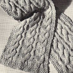 Simple Cabled Scarf – Free Knitting Pattern | The