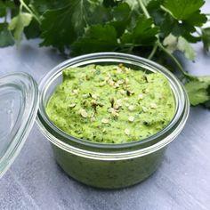 Persillepesto – Mummum.dk Pesto Dip, Dressing, Tapas, Guacamole, Mexican, Snacks, Ethnic Recipes, Inspiration