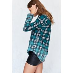 BDG Polly Green Flannel Button-Down Shirt (£29) ❤ liked on Polyvore featuring tops, green, plaid button up shirts, green button down shirt, slim fit flannel shirts, green button up shirt and blue shirt