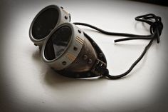 Steampunk DIY – Goggles! « The Peach Martini (excellent tutorial)