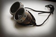 Steampunk DIY – Goggles! « The Peach Martini (excellent tutorial)