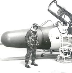 An unofficial sustained American aviation altitude record for women was set on July 1,1979, by astronaut candidate Kathryn D. Sullivan.
