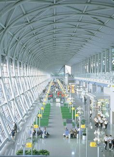 Kansai International Airport Terminal in Osaka, Japan. Renzo Piano