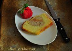 #hiddenheart #vanillapoundcake #freshstrawberrycake #foodphoto #chillesncherries