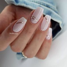 Neutral Nail Designs, Manicure Nail Designs, Neutral Nails, Beautiful Nail Designs, Elegant Nail Designs, Line Nail Designs, Chic Nail Designs, Silver Nail Designs, Silver Nail Art