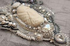 Купить Комплект украшений «Песнь льда» - колье, браслет, серьги - серый, белый, серебристый, зима