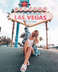 Welcome to Las Vegas Las Vegas Pictures, Las Vegas Vacation, Las Vegas Sign, Las Vegas Travel, Videos Instagram, Best Places To Travel, Route 66, Travel Usa, Travel Pics