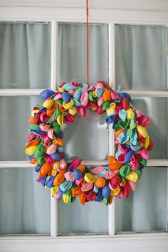"""Fun wreath for a birthday party. Nothing says, """"Hey, the party is here!"""" Like a balloon wreath! Balloon Wreath, Balloon Banner, Diy And Crafts, Crafts For Kids, 2nd Birthday Parties, Birthday Week, Happy Birthday, Diy Party, Party Ideas"""