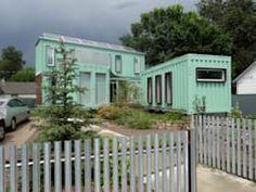 Casas de estilo moderno por Ecosa Institute