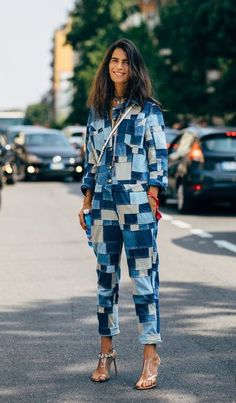 15 Jumpsuits to Shop Now Jumpsuit street style fashion / fashion week The post 15 Jumpsuits to Shop Now appeared first on Denim Diy. Street Look, Street Chic, Men Street, High Street Fashion, Street Style Women, Milan Fashion, Outfits Inspiration, Inspiration Mode, Denim Fashion