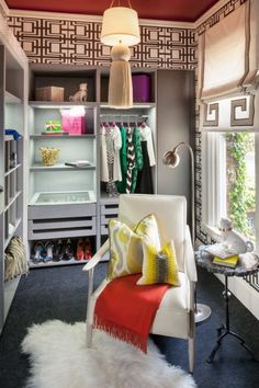 Discover the creative walk in closet design and decor inspiration with a variety of storage and closet ideas, including layout and organization option Dressing Room Closet, Closet Bedroom, Closet Space, Dressing Rooms, Master Closet, Teen Bedroom, Bedroom Ideas, Walk In Closet Design, Closet Designs
