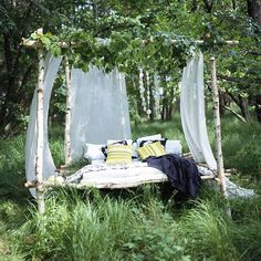 bed for the garden, woodlands, or outdoor space Outdoor Rooms, Outdoor Gardens, Outdoor Living, Outdoor Furniture, Outdoor Decor, Outdoor Beds, Outdoor Bedroom, Rustic Outdoor, Garden Bedroom