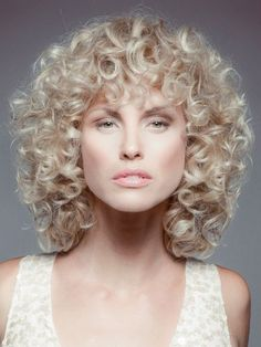 Curly blond hairstyle