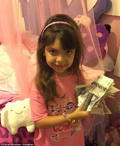 Flash: Farrah Abraham's six-year-old daughter Sophia was made to feel very lucky indeed when she was gifted with a staggering £900 from her incredibly wealthy tooth fairy on Wednesday