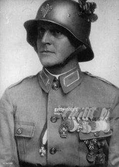 One of the leader of the Home Guard (Heimwehr). About (Photo by Imagno/Getty Images) Major Emil Fey von der Heimwehr. Ww1 History, Home Guard, Holy Roman Empire, Wwi, Austria, People, Image, Photography, World War I